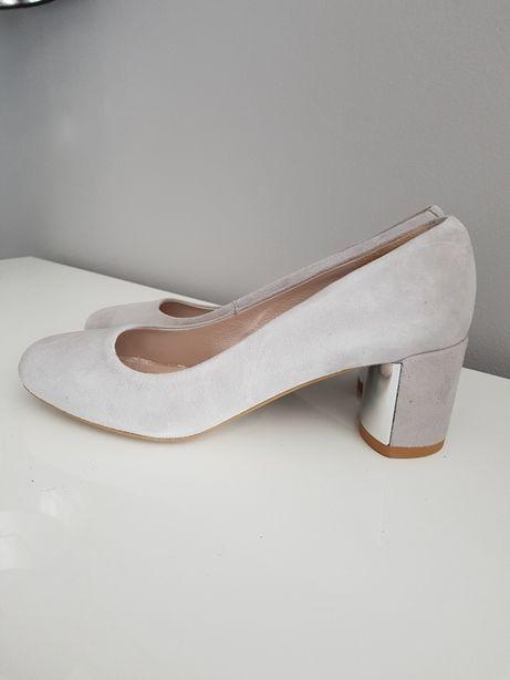 48232fe5a0556 nowe skórzane buty czółenka damskie Gino Rossi eri r 37.5 wkl 24.cm Bielsko-