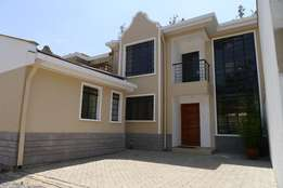 4 bedroom Villas with self contained DSQ for sale in Ruiru