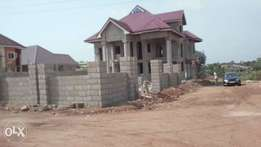 6 bedroom House for sale at Santasi newsite