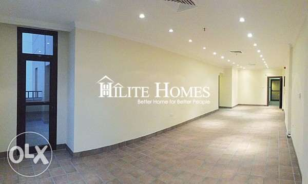 Salmiya - Spacious three bedroom flat for rent , Kuwait