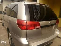 Classic Babs.I.R.Toyota Sienna CE 2005model
