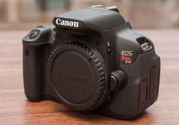 Canon T4i with All accessories