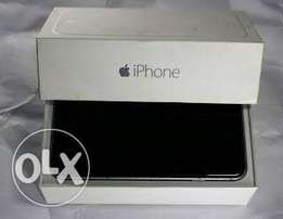Iphone 6 - 2GB RAM , 16GB HDD comes with USB cord and in the Box