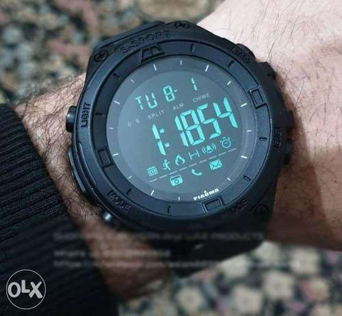 - Digital watch - PIAOMA waterproof