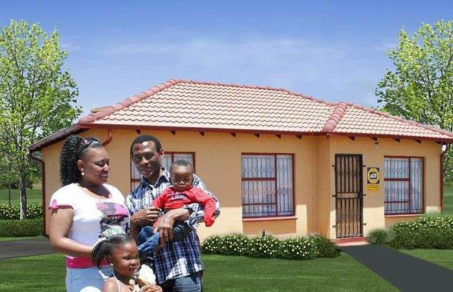 Houses for sale in lenasia Soweto - image 3