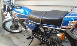 SUZUKI GP 125 (collectors/fully restored0