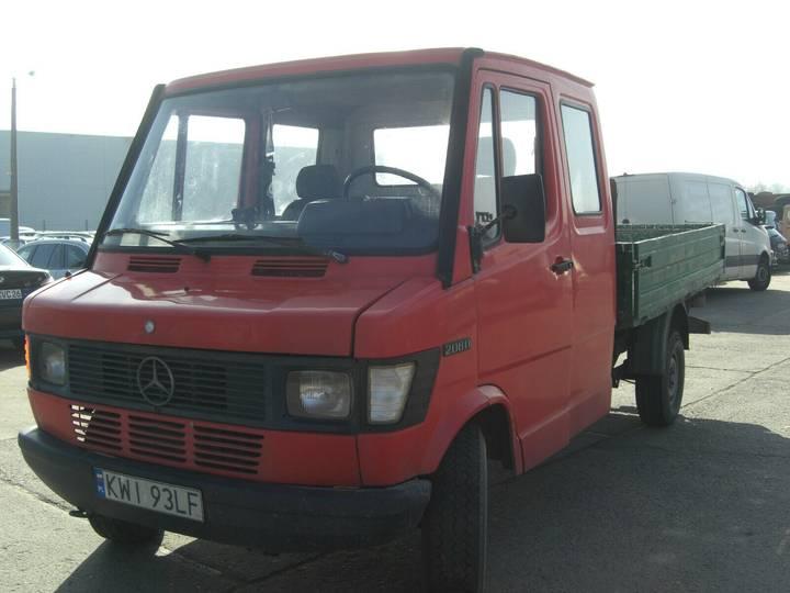 Mercedes-Benz 310 (wie 210) - 1991