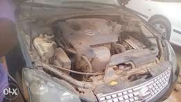 Nissan Altima, selling urgently without delay..The papers are intact.