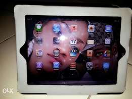 Apple I Pad 1 For Sale. Price: N50,000 (Negotiable).