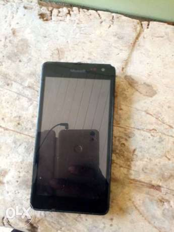 Slightly used nokia lumia 535 Tema Metropolitan - image 1