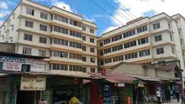Modern spacious 3 bedroom apartment with ample parking