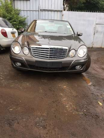 Mercedes Benz E200 Hurlingham - image 2