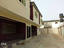 Newly built 3bedroom flat at felele, Ibadan