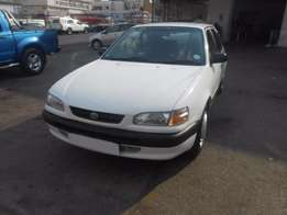 Toyota Corolla 1.6 Cryster lite 1999 model 98000km white color R58000