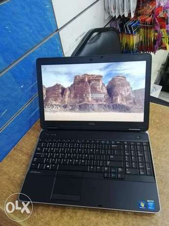 Dell Latitude E6540. Ci7 HQ 6MB. 4th Gen. Ram 8. HDD 500. Dual Vga