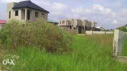 Land for sale 1.1/2 plot... Selling quick