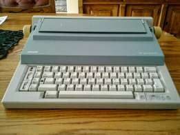 Olivetti ET55 Personal electronic typewriter
