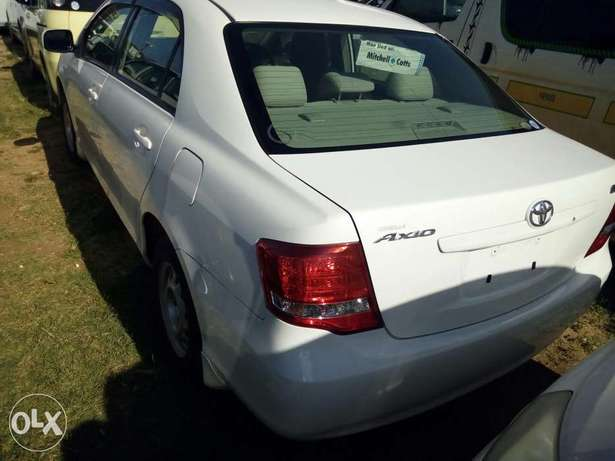 Fresh import KCN Light interior white Toyota Axio Mombasa Island - image 3