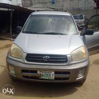 super clean Toyota rav4 for sale
