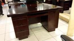 great offer on executive table brown