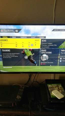 Xbox one 500gb + remote + fifa 17+fifa16+pes 17 Odendaalsrus - image 3