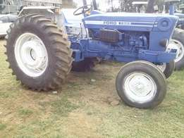 Ford 7600 2x4 tractor