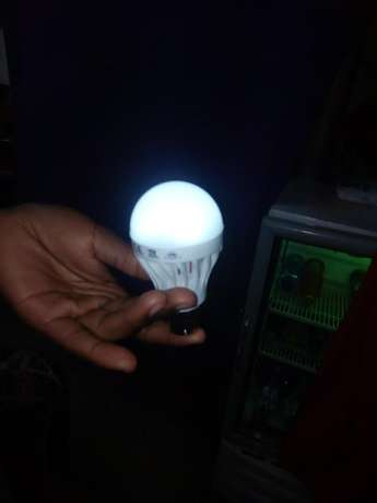 5 watts intelligent bulbs available at ksh.250 Nairobi CBD - image 1