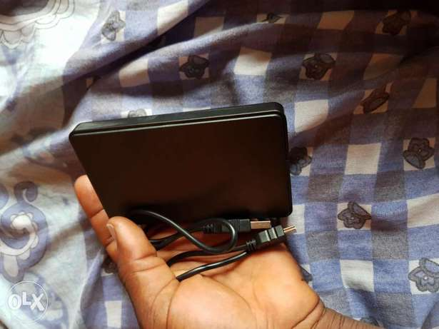 1 Terabyte External Hard Disk for sale Lugbe - image 2