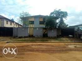 Neat 6no of 3bedroom on a plot at igando by bus stop. 17m.title R/S