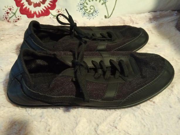 fb084663c8cd4 Buty Newfeel - Warszawa - Oferuję buty marki newfeel zakupione w Decathlon,  założone zaledwie kilka