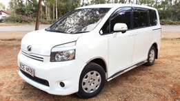Valvematic!Toyota Voxy KCE Auto 7seater very clean