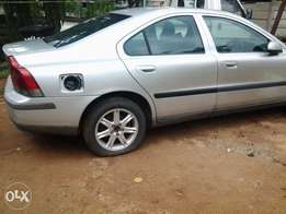 Volvo S 60 spares