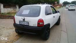 Corsa lite 1.4i 5speed manual very fast & neat...