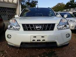 Nissan X trail white KCN number 2010 model loaded with alloy rims,