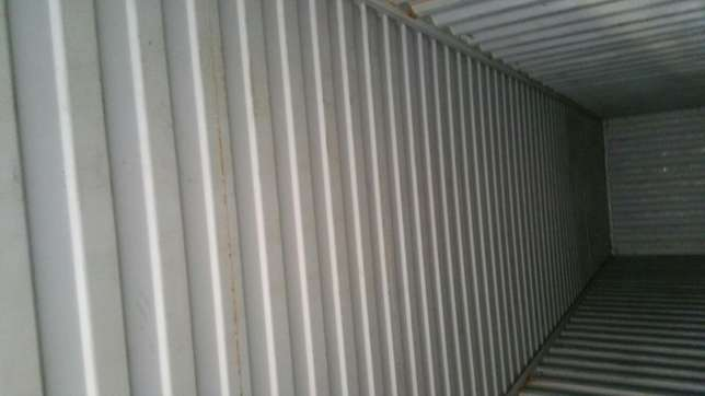 40ft high cube shipping container Kampala - image 5