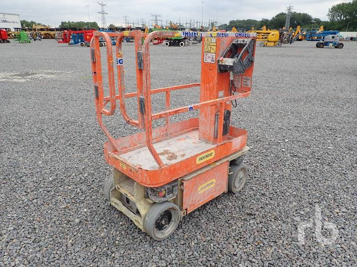 JLG 1230ES Electric Vertical Manlift