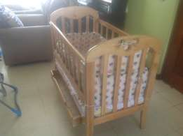 baby cot/baby bed
