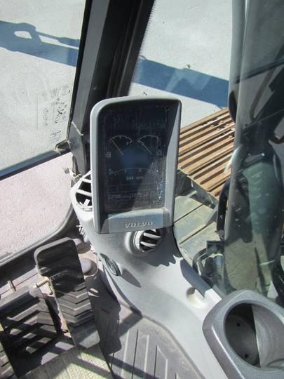 Volvo Ec140dl - 2012 - image 18