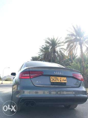 Audi A4 SLINE 2.0 turbo No.1 car is a personal import without accident