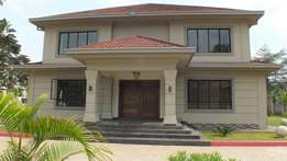 Royal Style 6 bedroom Mansion For Sale