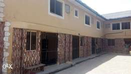 Lovely 2bedroom to let at omitoro