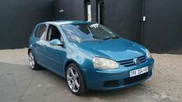 2006 Volkswagen golf 2.0 trendline in good condition