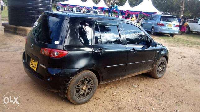 Very clean Mazda Demio, well maintained Zimmerman - image 4
