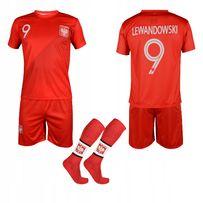 b79f240e4 Strój kibica piłkarski sportowy spodenki getry koszulka LEWANDOWSKI