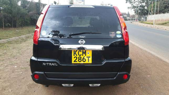 Nissan Xtrail fully loaded!! Functional reverse camera Kilimani - image 4