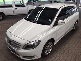 2014 Mercedes Benz B200 CDI A/T 67000Km (Remainder of warranty)