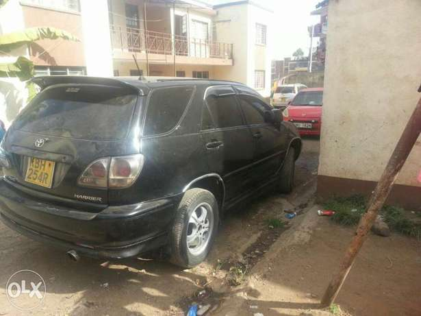 Quick sale! Toyota Harrier KBH available now at 680k asking price! Nairobi CBD - image 2