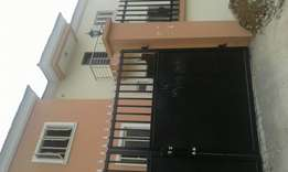 Newly built 4bedroom duplex with a room bq in Ogudu gra for sale.