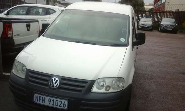 2009 VW Caddy 1.6 with a/c Phoenix - image 3