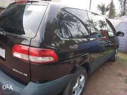 Toyota Sienna 2002 up for grab